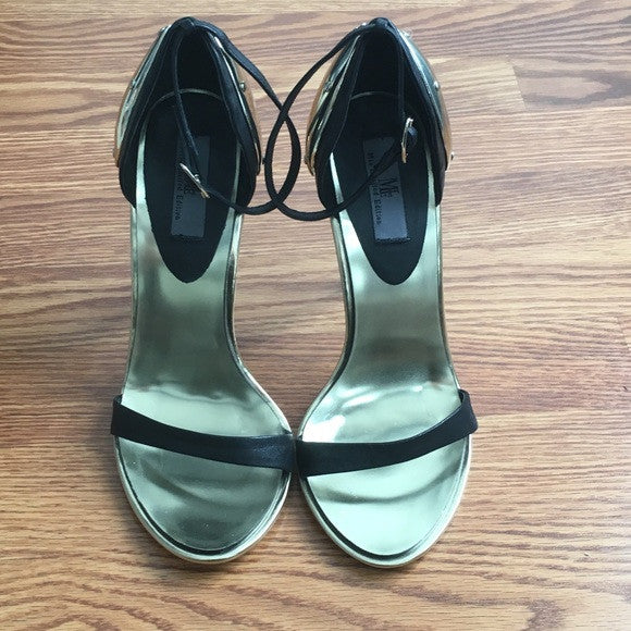 Mia Limited Edition Heels (NWOT)