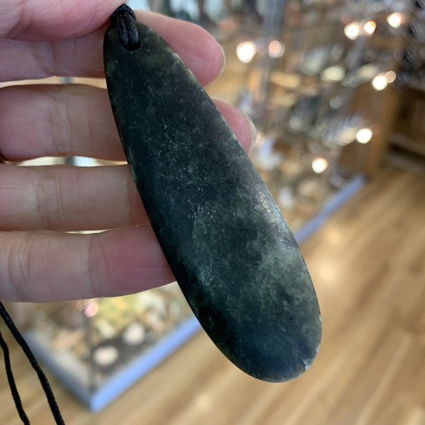 jade kiwi kaikoura gifts te wahi pounamu drop necklace