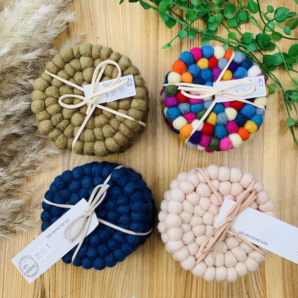Sheep wool coasters