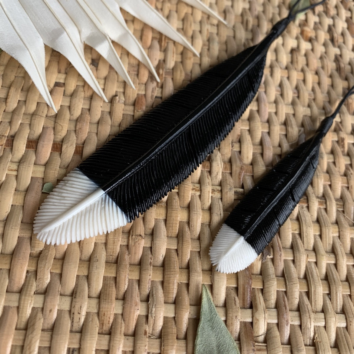 Bone Huia Feather Necklace
