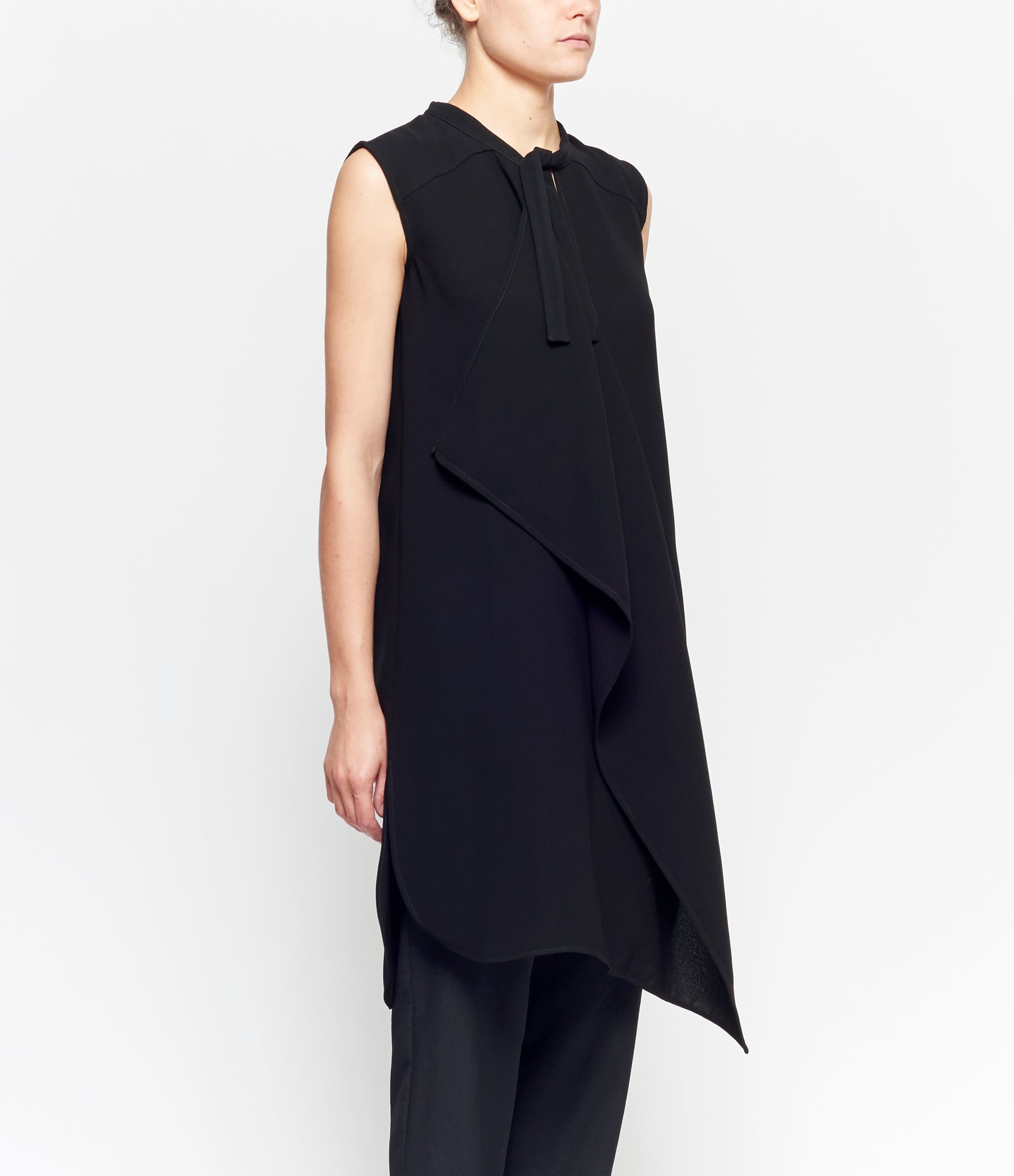 Replika Sleevless Draped Crepe Dress