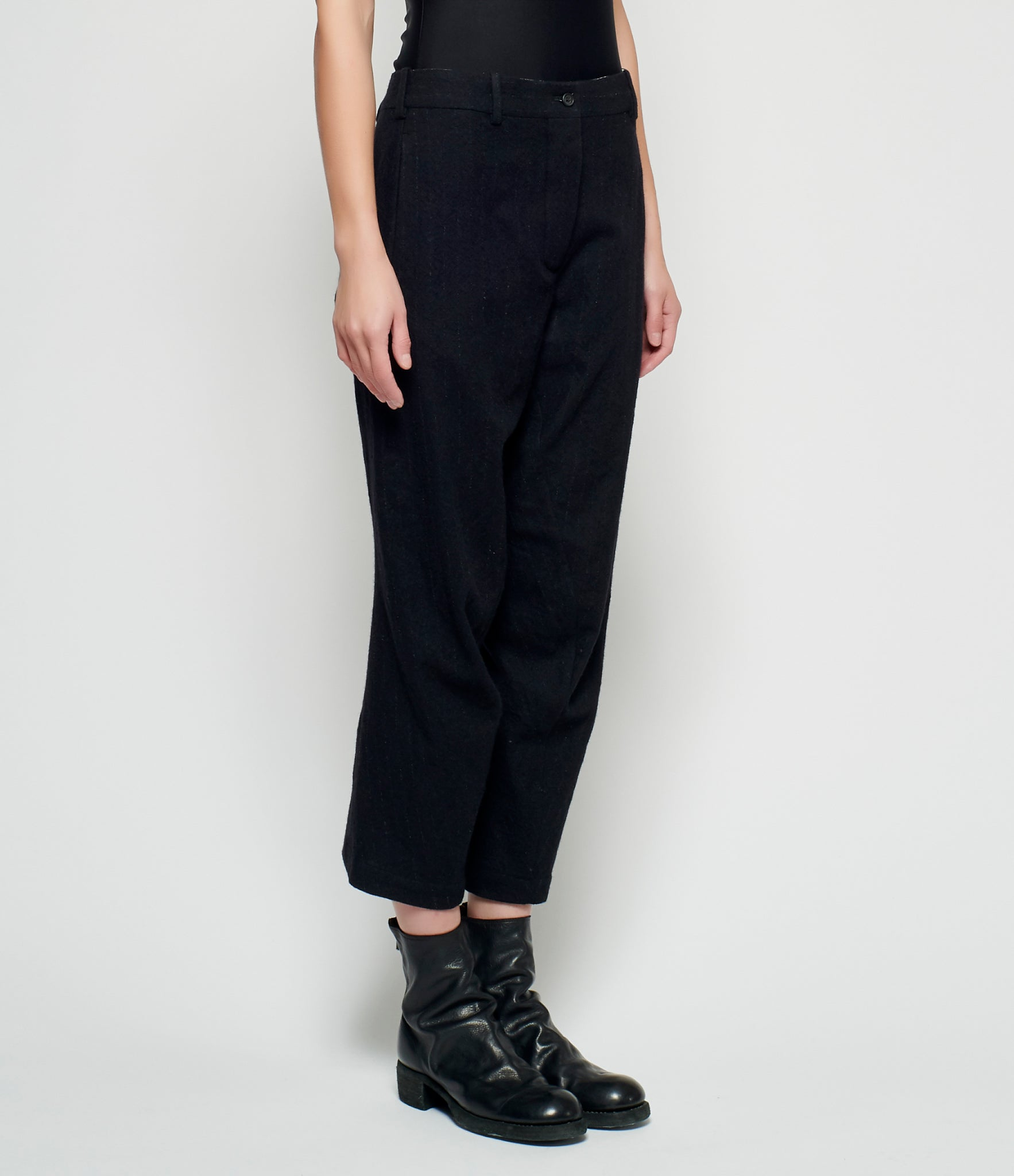 Forme d'Expression Curved Slit-Cuff Pants