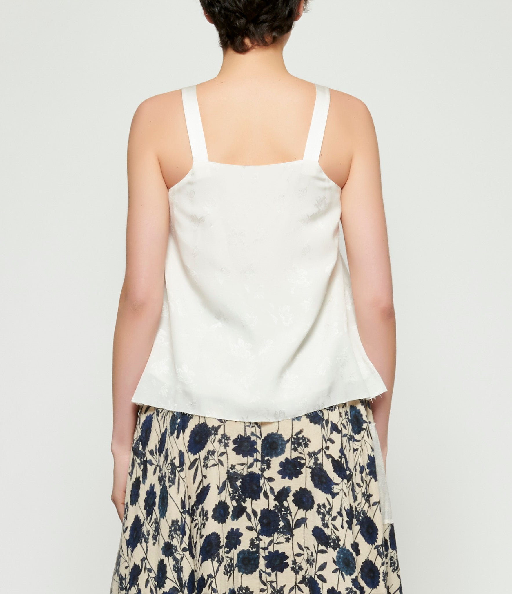 A Tentative Atelier Vidal Top