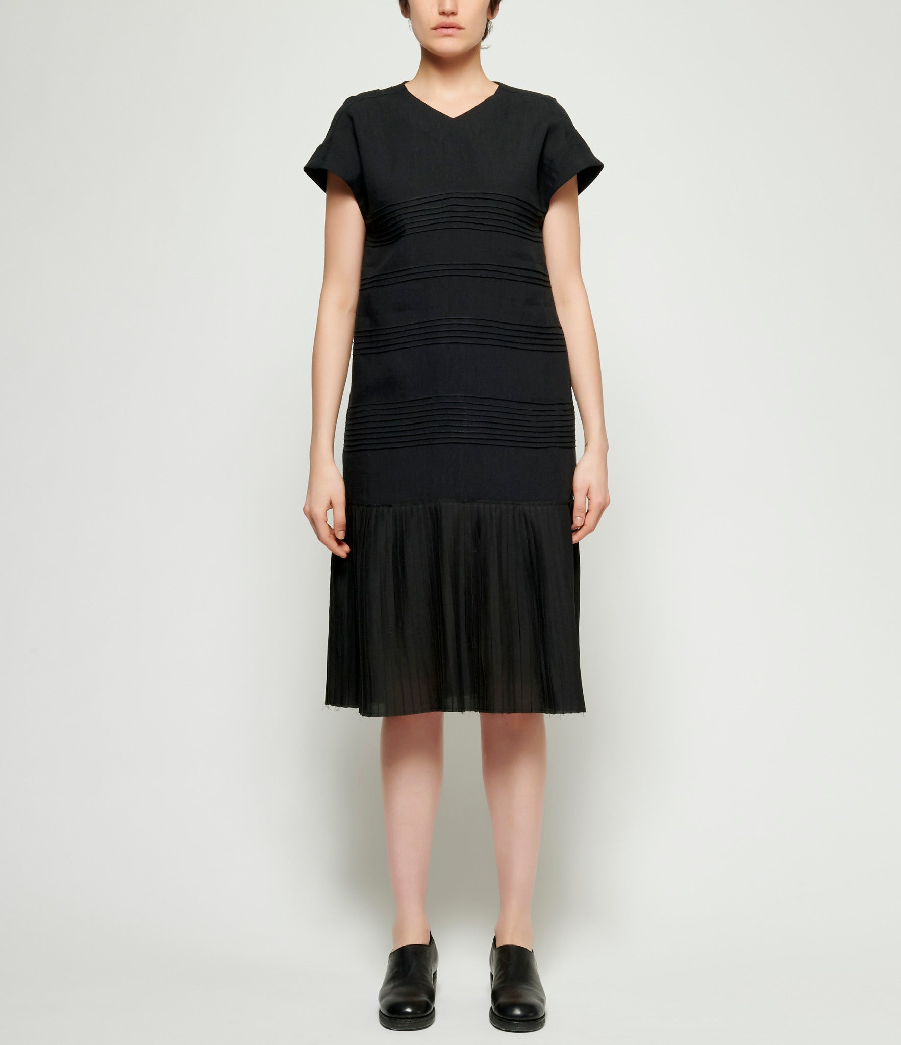 Individual Sentiments Thin Linen Cloth Pleated Dress