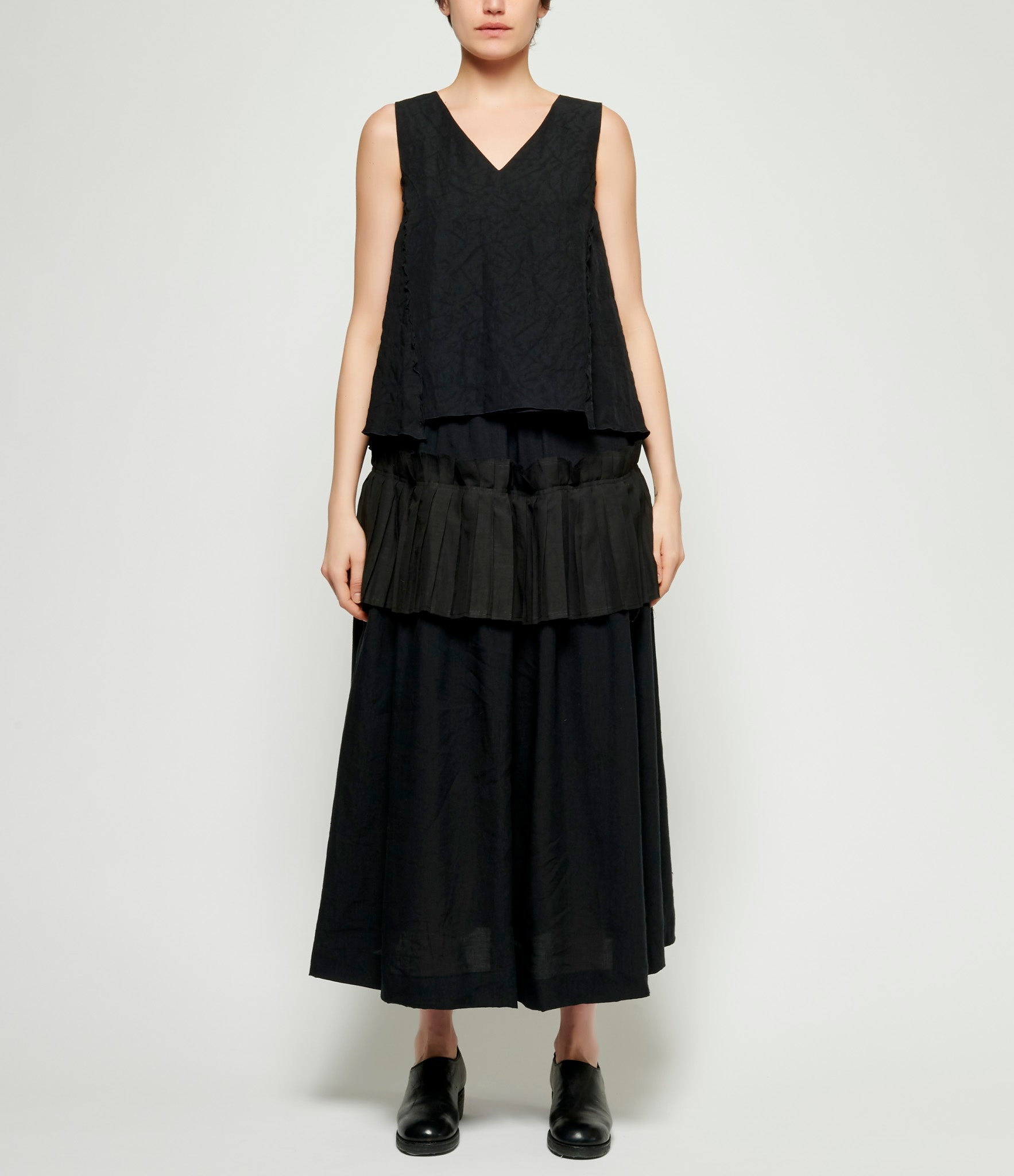 Individual Sentiments Thin Linen Cloth Pleated Skirt