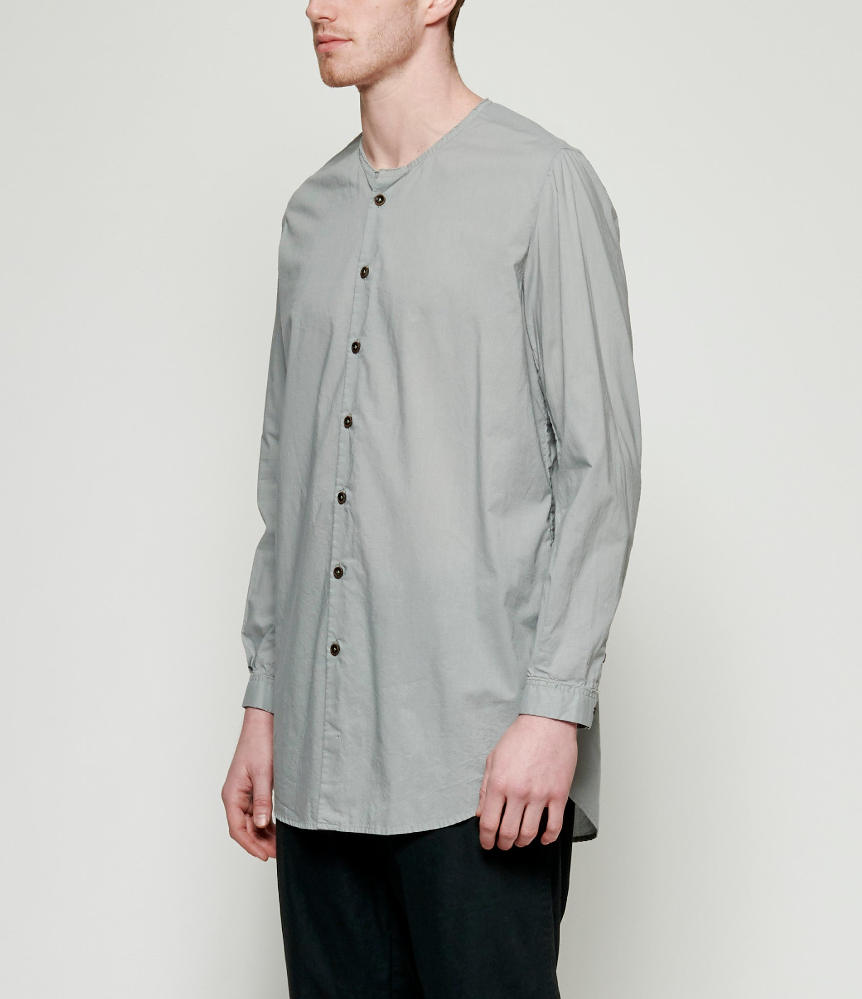 'T Ensemble Cut-Off Neck Tunic Shirt