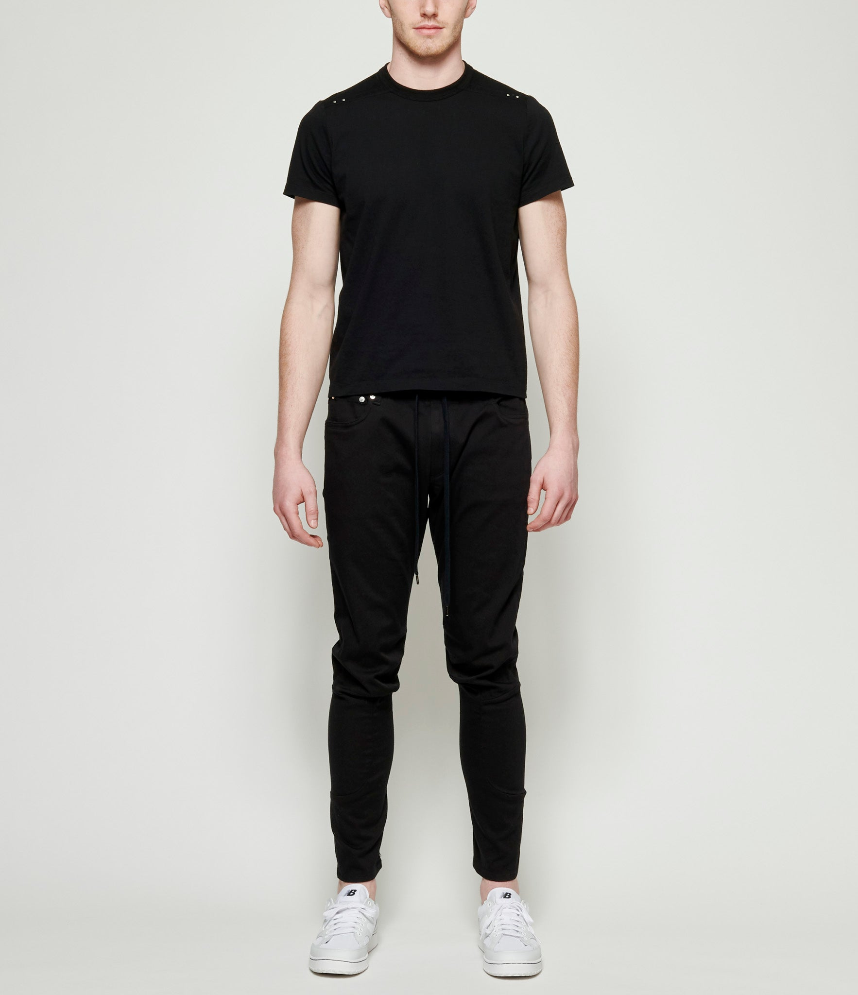 Attachment Kazuyuki Kumagai Cotton Stretch Articulated Tapered Pants
