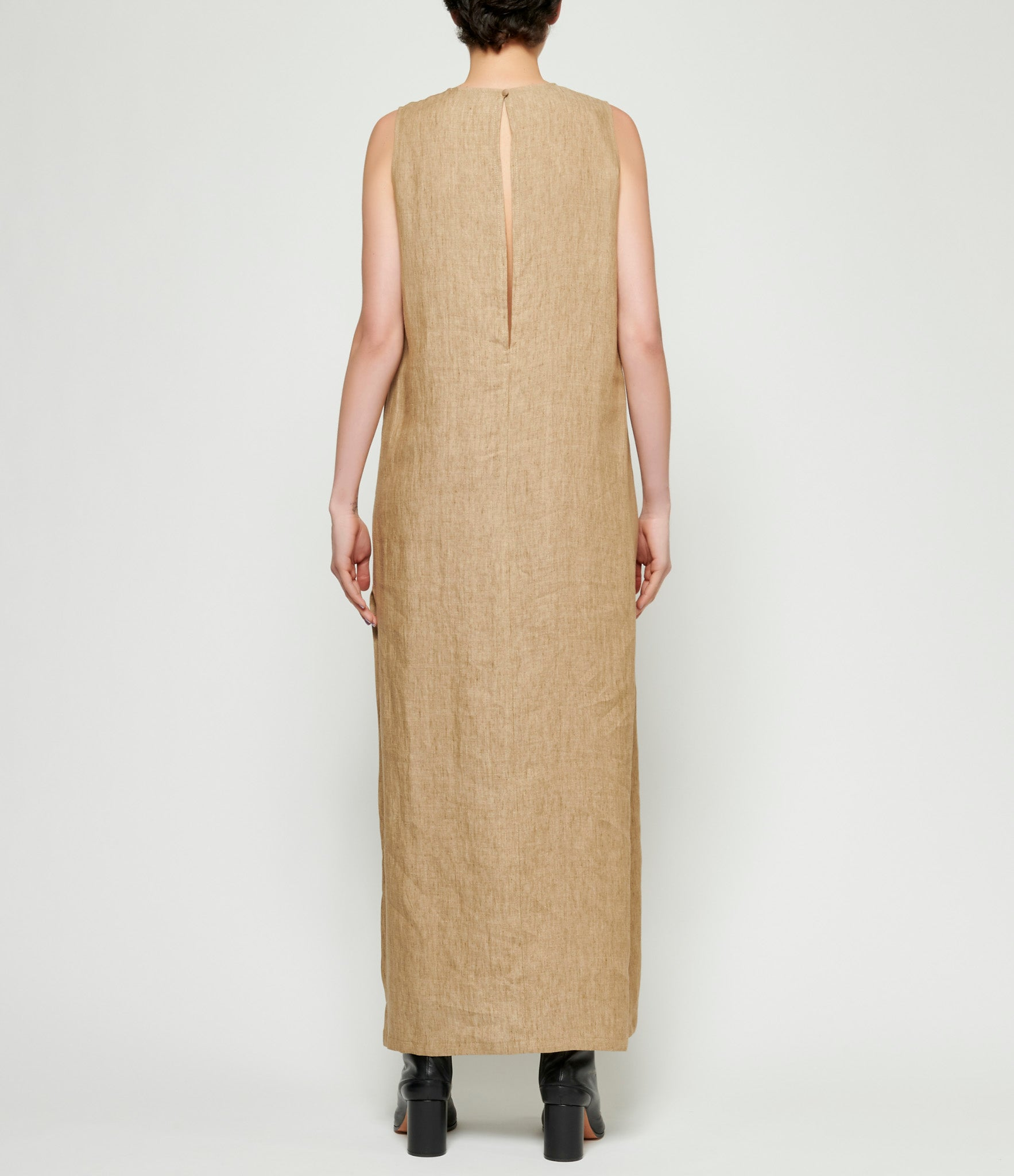 Sartorial Monk Linen Sleeveless Column Dress