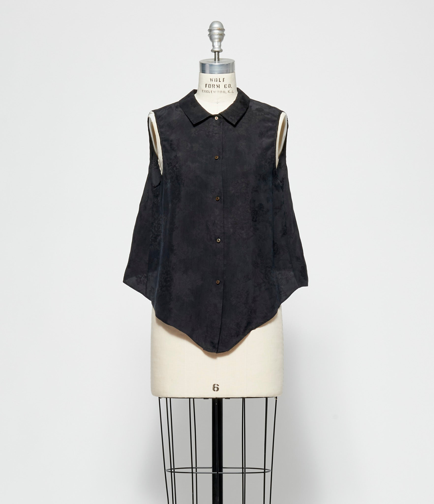 m.a+ Open Back Medium Fit Sleeveless Shirt