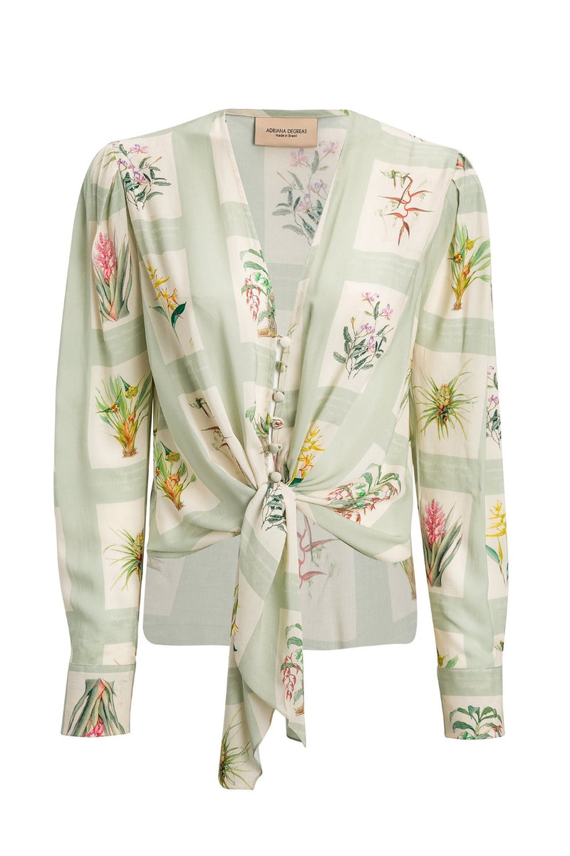 This Botanic shirt is shaped to relaxed fit with deep V-neck and self-tie front knot