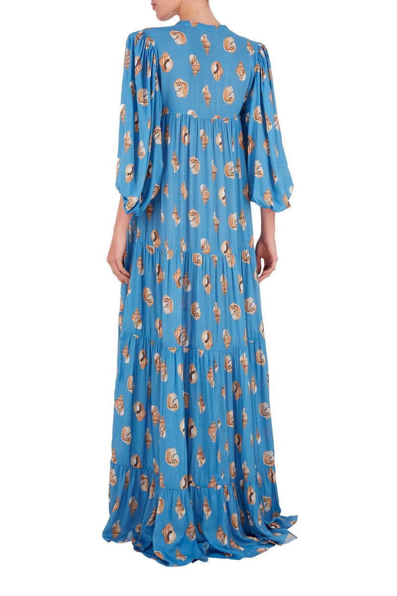 This fluid long dress is made from lightweight viscose and the voluminous balloon sleeves are romantic and modern – perfect for candle light dinners