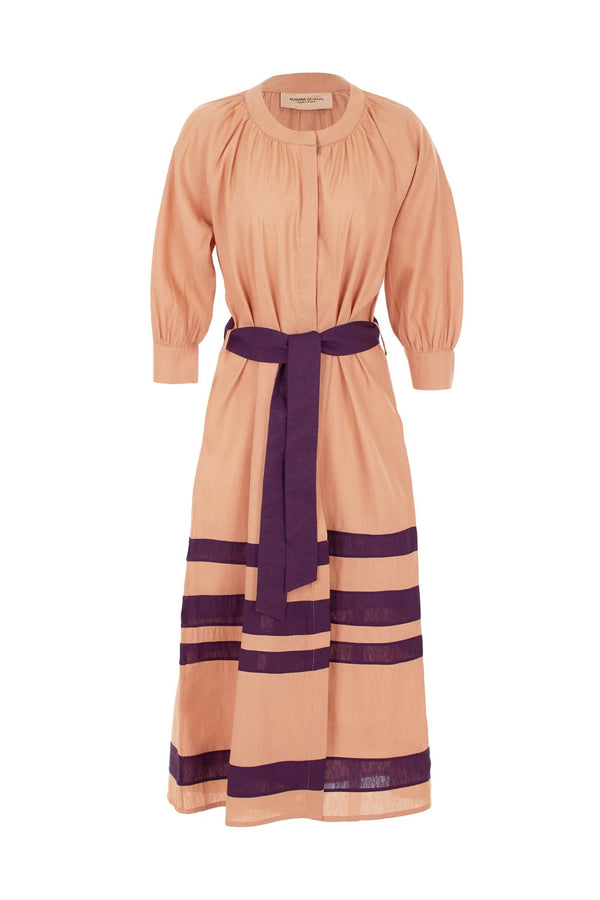 Crafted from linen, this dress come with a matching belt or can be worn unbuttoned as part of a layered look