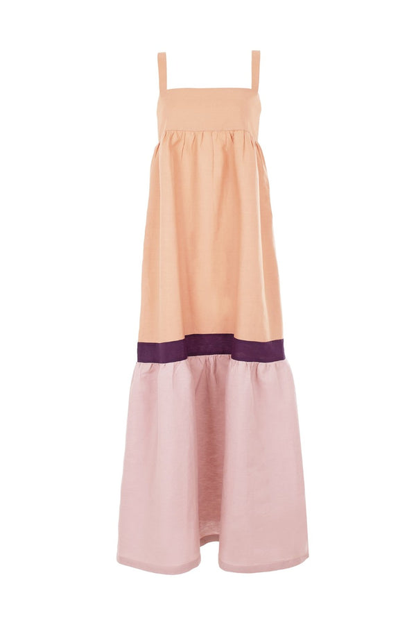 Think about easy-going pieces like this charming tricolor dress for your next vacation. It´s crafted from linen with a square neckline and wide straps