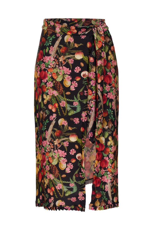 Made from stretch fabric this wrap skirt is patterned with exotic fruit print inspired by mediterranean vintage illustrations