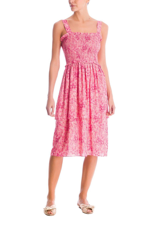 This New Vintage style dress is made from lightweight fabric and we love it with flat sandals