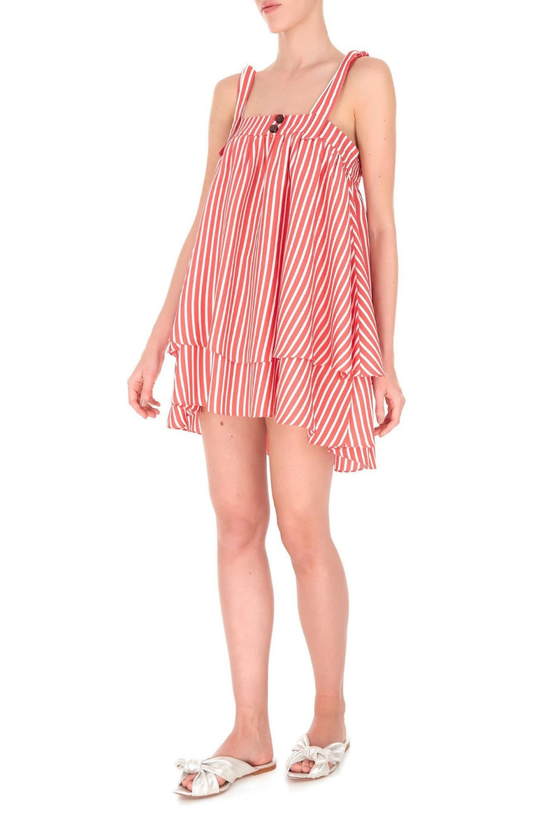 This loose-fitting style mini dress is perfect for tropical vacations