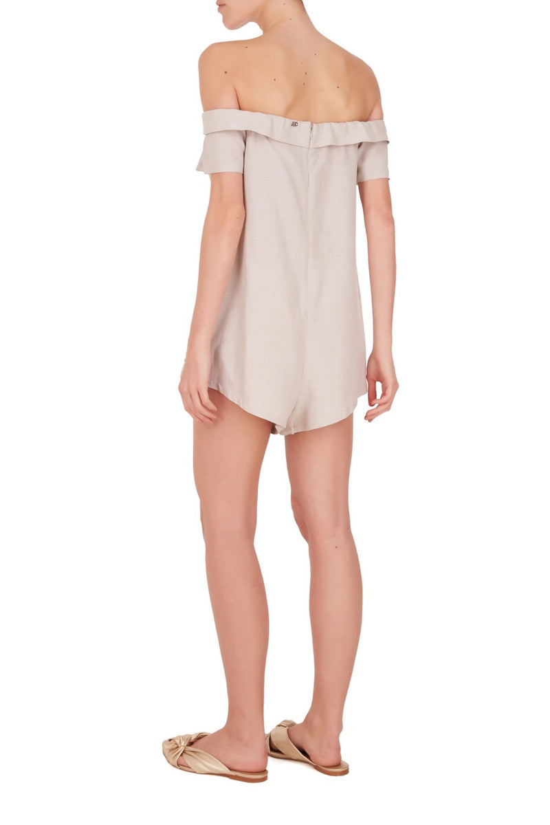 The shoulder-to-shoulder lightweight linen-blend playsuit with resin buckle detail is an ultra-versatile and easy-chic piece for summer evenings