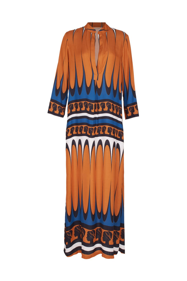 Effortless and chic, this long tunic is perfect to pack for your next resort getaway
