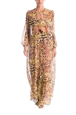 This set is inspired by 1970´s gypset chic style. The tunic has puffy sleeves and acrylic trims