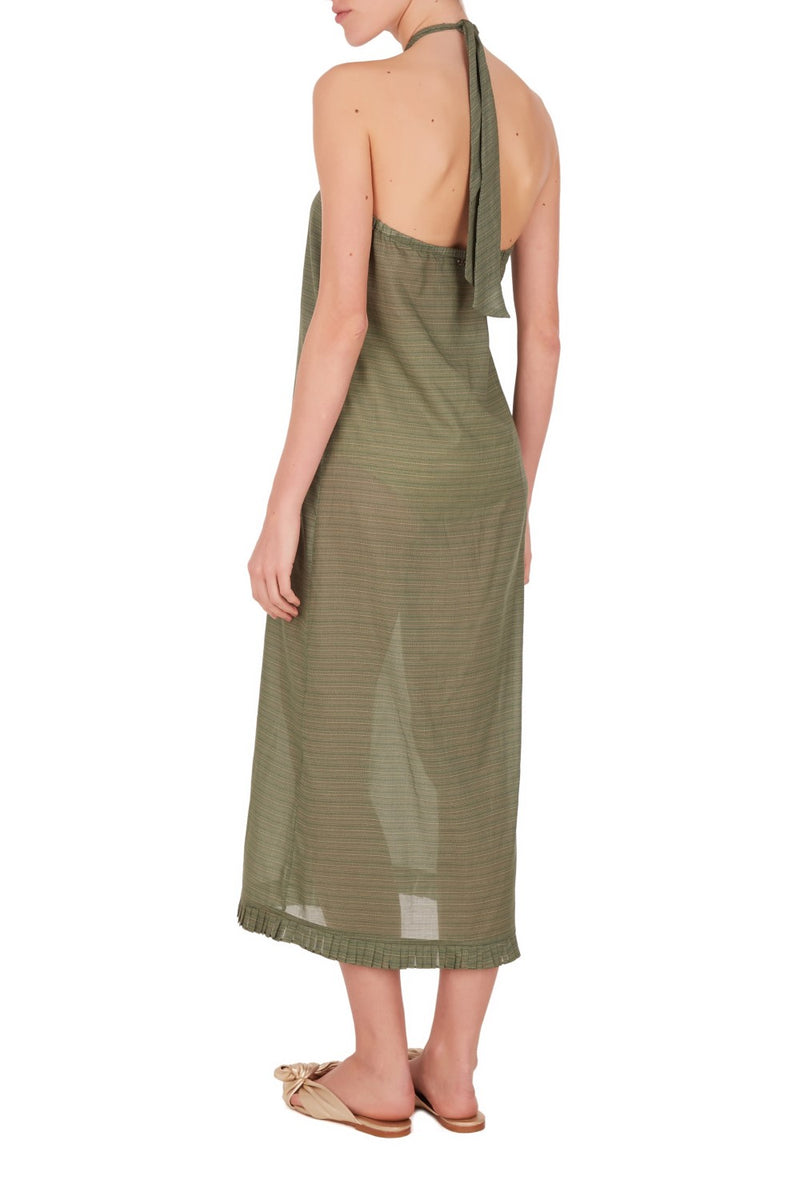This simple and elegant cover up can be styled over palazzo pants to create fluid, relaxed lines