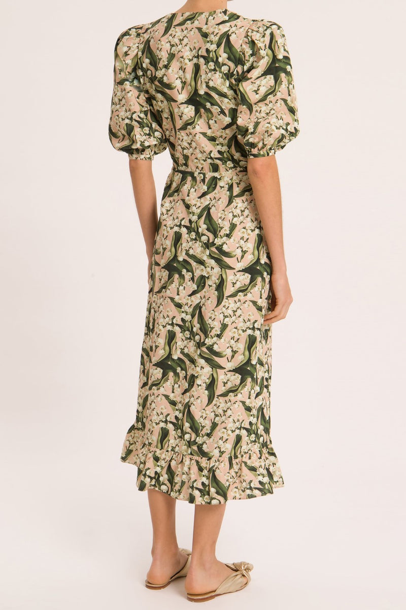 Perfect for garden lunches, this midi dress with floral print and puff sleeves is crafted in linen-blend and can be worn with flat sandals for an easy chic style