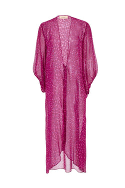 Inspired by muses from Italian movies, this open robe is made with silk in a vibrant pink hue with voluminous sleeves