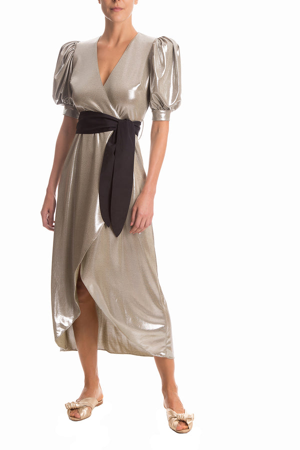 For an elegant and retro inspiration, this wrap dress is the perfect choice. It's made of metallic fabric and shaped with puff sleeves