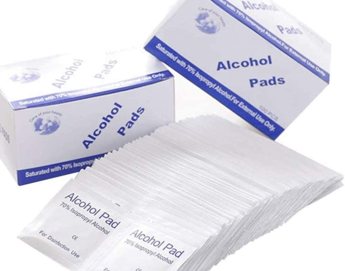 Box of 100 Alcohol Hand Wipes sachets of disinfectant containing 75% isopropyl Wiping Wipe viruses virus sachet pad's pad kill hands germs flu disinfection disinfecting disinfectants disinfect coronavirus cleanser cleanse cleaning cleaners Cleaner clean boxes BOXED Box Bacterial bacteria antibacterial anti-virus anti bacterial and alcohol 100pcs
