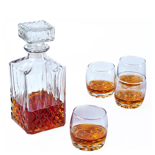 4 Whiskey Tumblers & Decanter Set