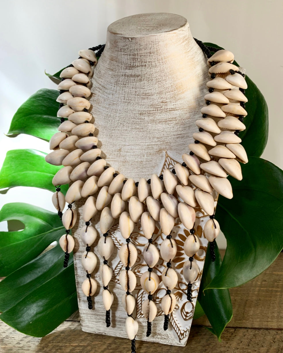 Cowrie Shell NecklaceAccessories - Bohemian Groove