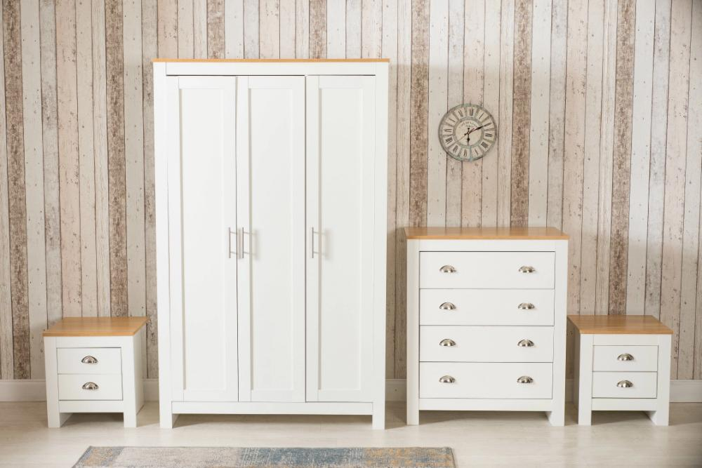 4 Piece Heritage Bedroom Furniture Set Wardrobe Chest Bedside Table -  White/Oak