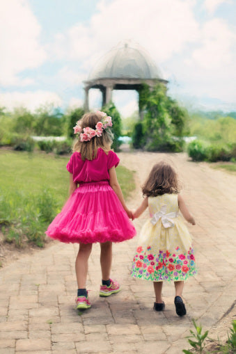 Weddings With Kids: Five Ways to Take the Stress Out Of RSVPing Yes