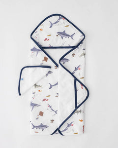Shark Hooded Towel & Wash Cloth Set