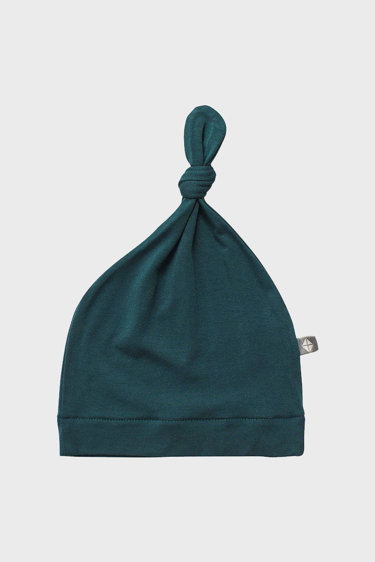 Emerald Knotted Hat
