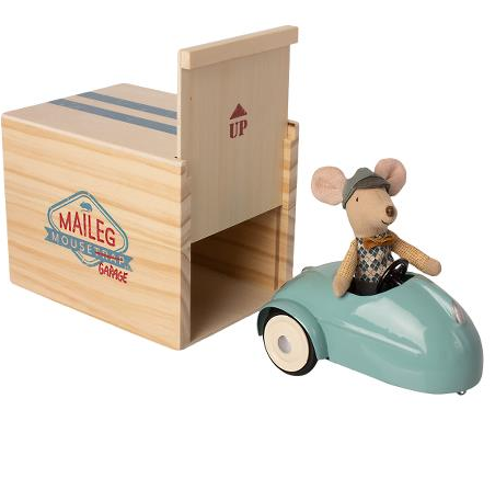 Blue Mouse Car with Garage