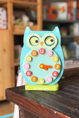 wooden owl clock from le toy van