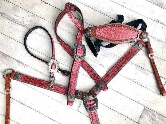 Pink Alligator Print 4 Piece Buckle Tack Set