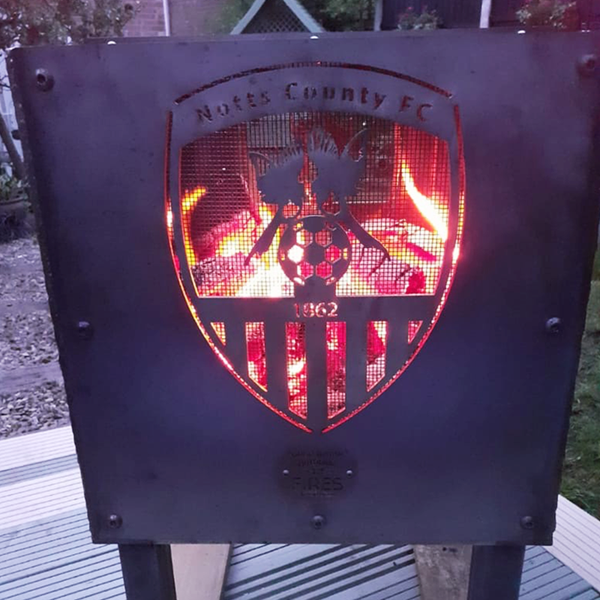 Notts County Football Club Officially Licensed Fire Pit | 40/45/50cm Sizes Available
