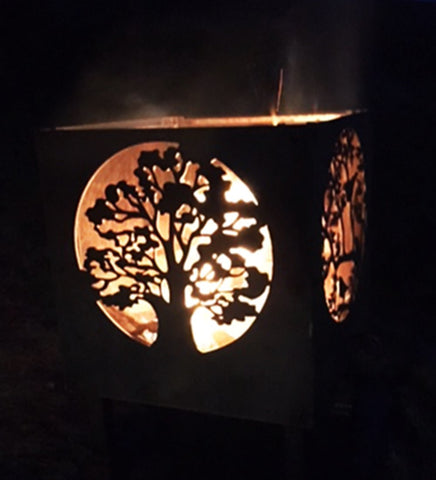 Off the peg 'Oak Tree and Blackbirds' Fire Pit
