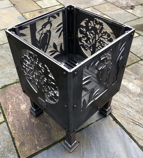 Oak Tree & Woodpecker Fire Pit | Size: 40cm