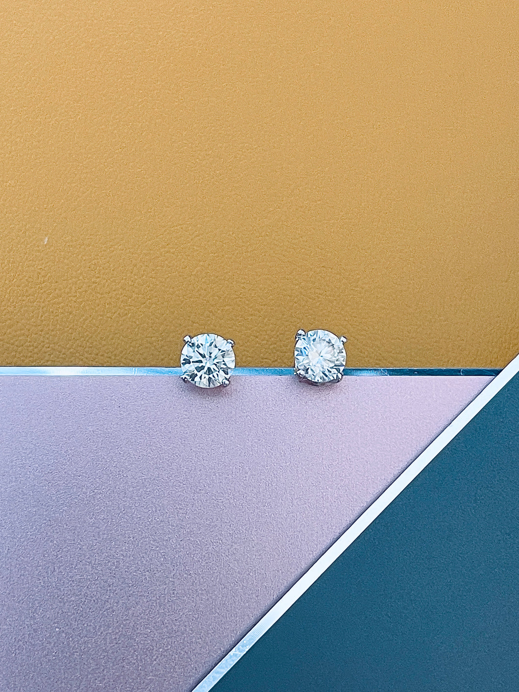 MAYA - 925 1ct Round Brilliant Cut Moissanite Stud Earrings In Silver