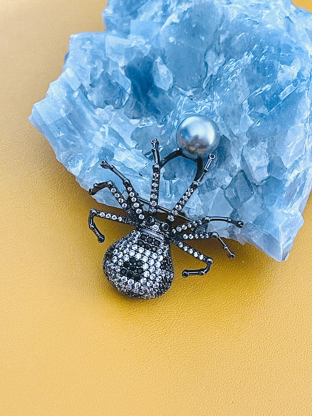 MARGEURITE - Black-Clear CZ Spider With Grey-Blue Pearl Brooch Pin In Black
