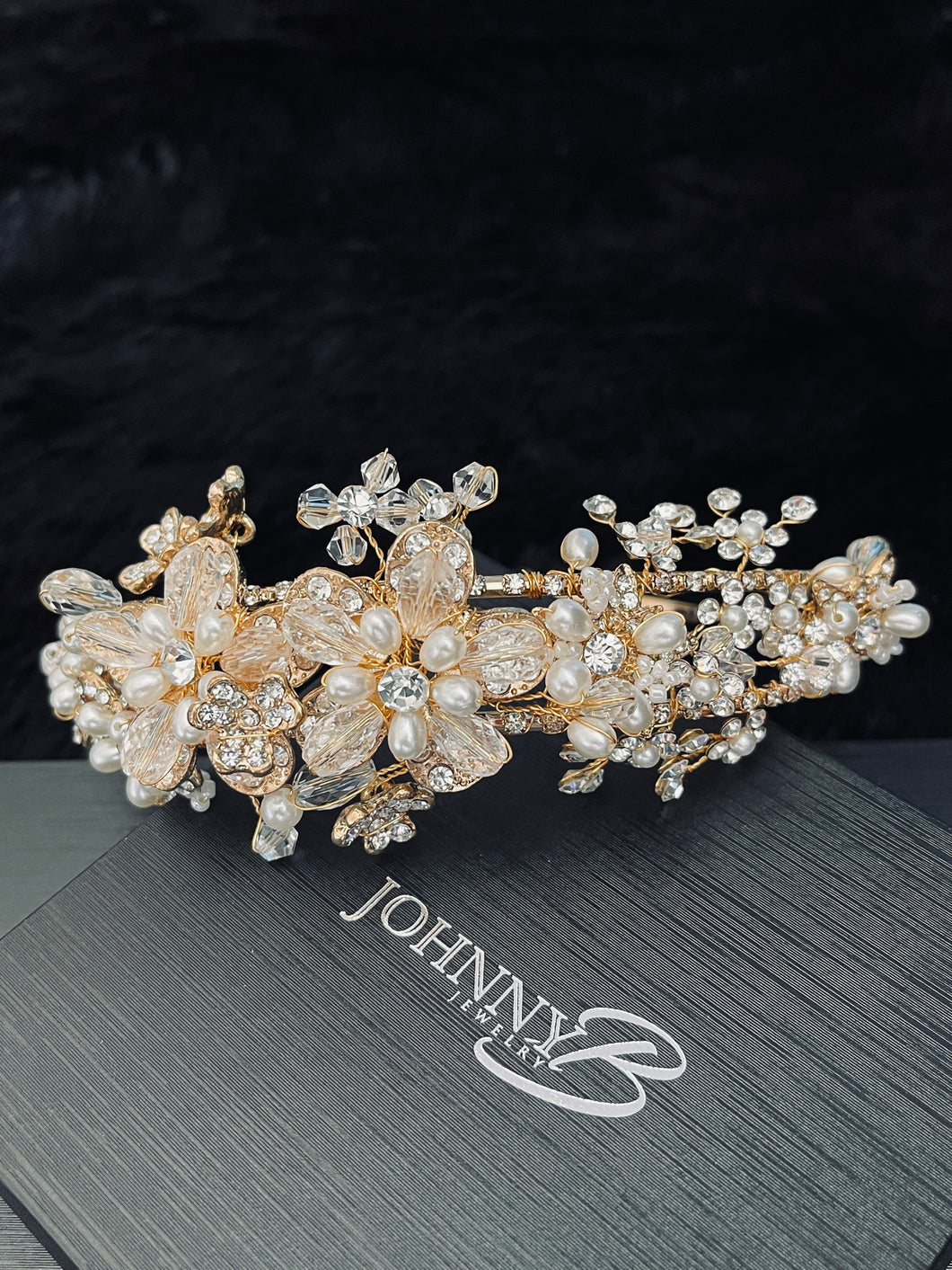 ANFISA - Floral Crown With Pearl And Crystal In Gold