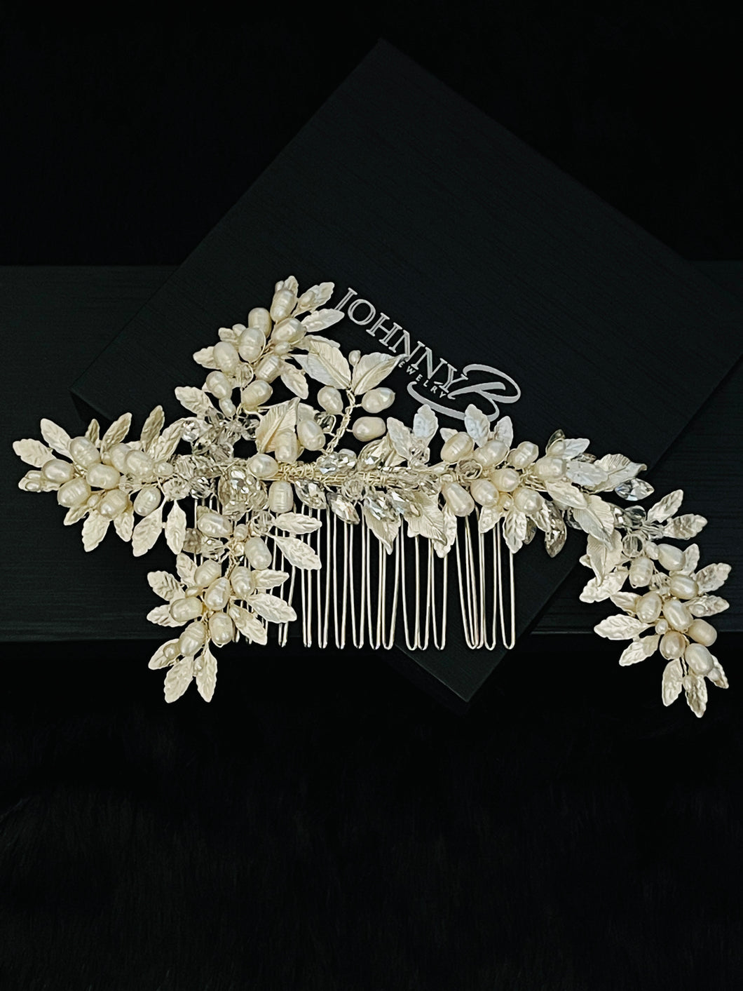 DOMINICA - Metal Silver Leaves With Freshwater Pearl Berries Hair Comb In Silver