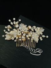 Load image into Gallery viewer, ORSA – Large Metal Leaves With Crystal And Freshwater Pearl Hair Comb