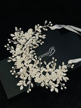 Load image into Gallery viewer, EVADNE - White Flowers, Silver Leaves Rhinestone In Silver