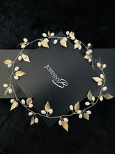 Load image into Gallery viewer, ROMANA – Gold Leaves And Pearls Hair Piece In Gold