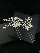 Load image into Gallery viewer, SAMANTHA - 2Pcs Pearl Flower And Sprays Hair Pin - JohnnyB Jewelry