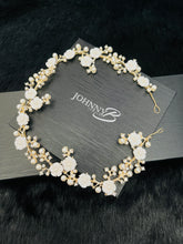 Load image into Gallery viewer, SAMMY - Small White Flower With Pearl And Crystal Hair Piece In Gold
