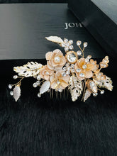 Load image into Gallery viewer, AUTUMN - Flower And Leaves Crystal And Pearl Hair Comb In Gold